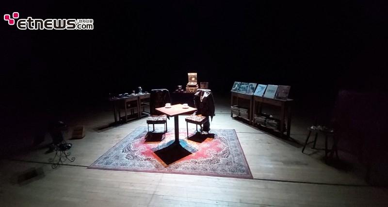 연극 '흑백다방'의 무대 / 사진 : 정지원 기자