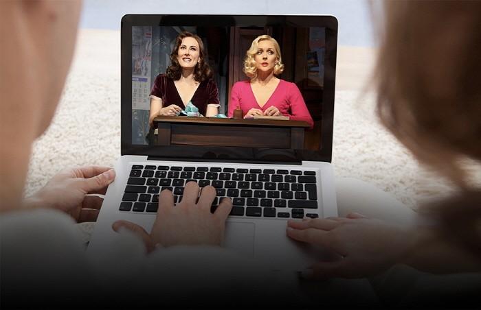 뮤지컬 VOD 플랫폼은 PC 접속 또는 모바일 앱 다운로드를 통하여 스마트폰과 태블릿 PC,  TV에 연결하여 30일 동안 무제한 관람이 가능하다.(제공:C뮤지컬 아시아)