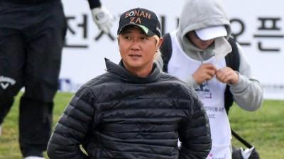 """[비즈플레이-전자신문 오픈](2R) 패딩으로 바람 막은 허인회""""추워요"""""""