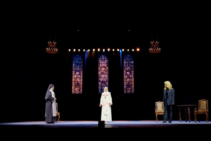 연극 '신의 아그네스' 무대 / 제공 : 예술의전당