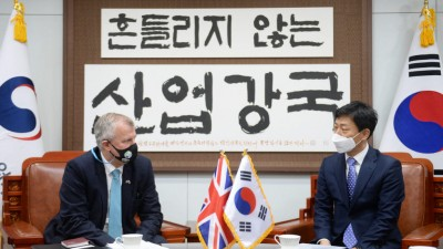 박기영 산업부 통상차관보, 주한 영국대사 면담…한·영 FTA 등 의견 나눠