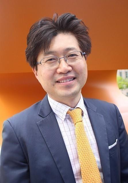 Yoonwoong Gil, reporter of IT magazine
