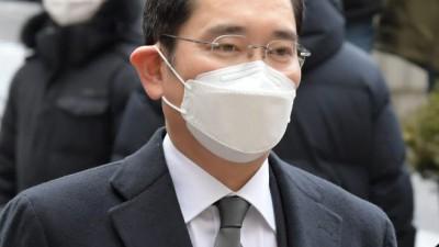 구속 이재용, 코로나19 '음성' 판정...4주 격리 후 재검사
