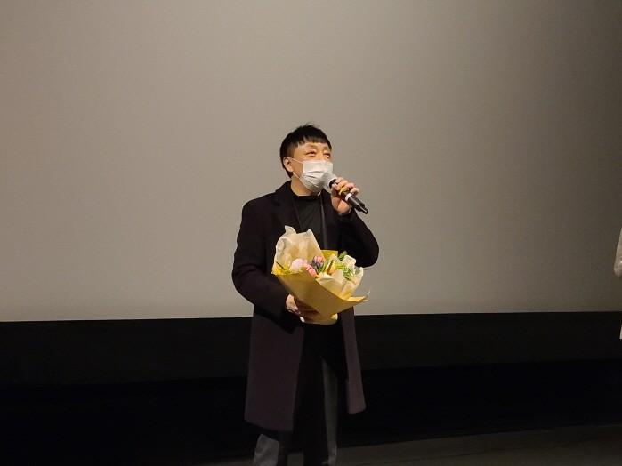 봉수 감독이 영화 '구라, 베토벤' 특별상영회 소회를 발표하고 있다. (사진=목영엘티디 제공)
