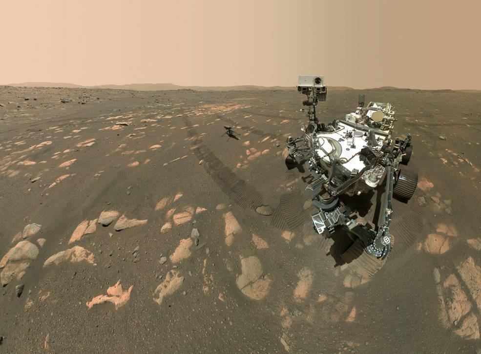 퍼서비어런스와 드론 인제뉴어티가 셀카를 찍었다. 사진=NASA/JPL-Caltech