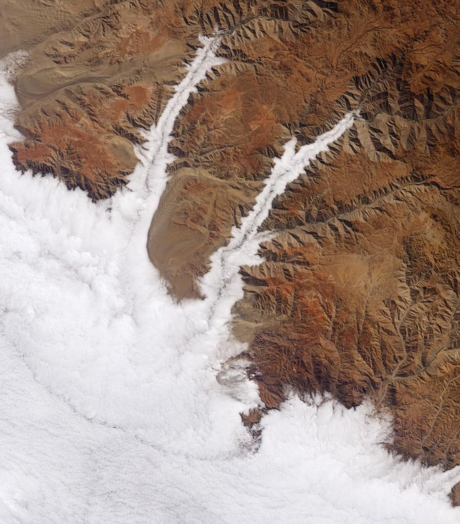 사진=NASA Earth Observatory/Joshua Stevens