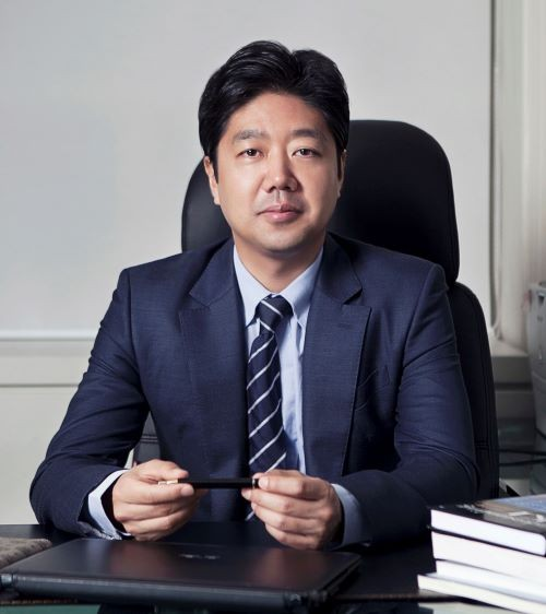 최영철 SGA솔루션즈 대표
