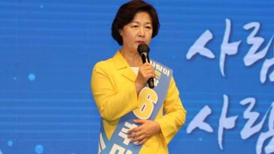 충청 민심 잡은 이재명, '50% 득표율' 승기…추미애·정세균 3·4위 전쟁도 치열