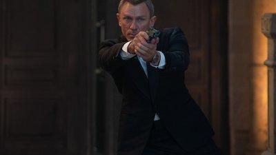 본드가 사랑한 무기...'007 노 타임 투 다이' 개봉