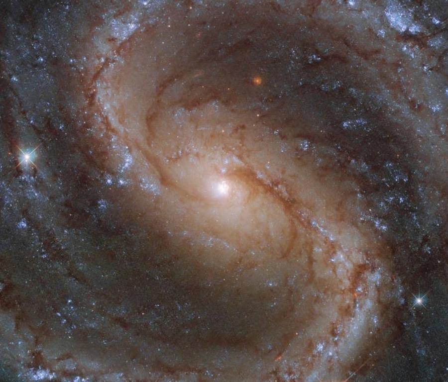 막대 나선 은하 NGC 4535. 사진= ESA/Hubble & NASA, J. Lee and the PHANGS-HST Team