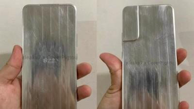 삼성 '갤럭시S22' 모형 살펴보니...갤S21과 다른 점은?