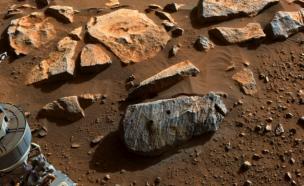 """""""물과 소금""""…NASA 퍼시비어런스가 발견한 화성 생명체 가능성은?"""