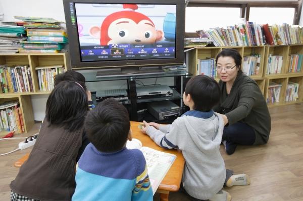 KT, 메가TV로 교육 격차 해소 나선다