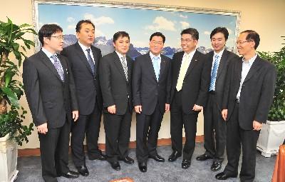 한국산업단지공단에서 열린 G밸리 CEO와 박봉규 한국산업단지공단 이사장과의 간담회에서 G밸리 소재 업체의 발전방향과 개선점 등을 논의했다.