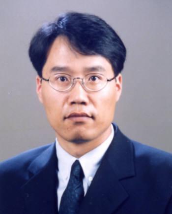 한국정보통신대학교(ICU) 경영학부 교수.
