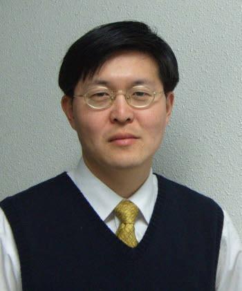 고려대학교 송현규 교수