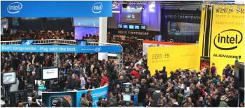 올해 세빗 최고 화두는 `클라우드 컴퓨팅`이었다. 클라우드 환경을 구현할 수 있는 다양한 솔루션을 제시한 인텔은 가장 붐비는 부스 가운데 하나였다.