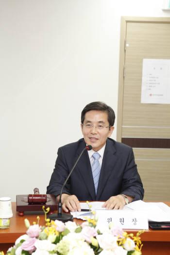 한국저작권위원회 위원장에 유병한 전 문화부 실장 취임