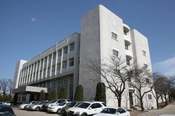CEST 건물