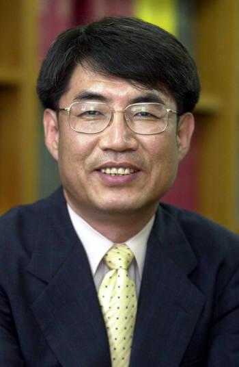 서강대 화학/과학커뮤니케이션 교수.