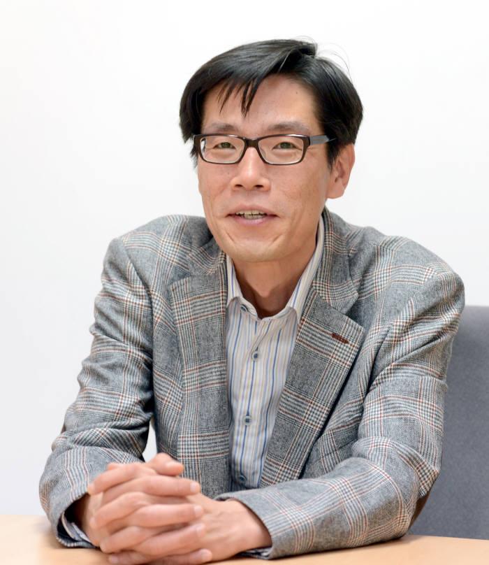 [문화마케팅의 미래]<2>사회관계망의 새판 `애니팡`