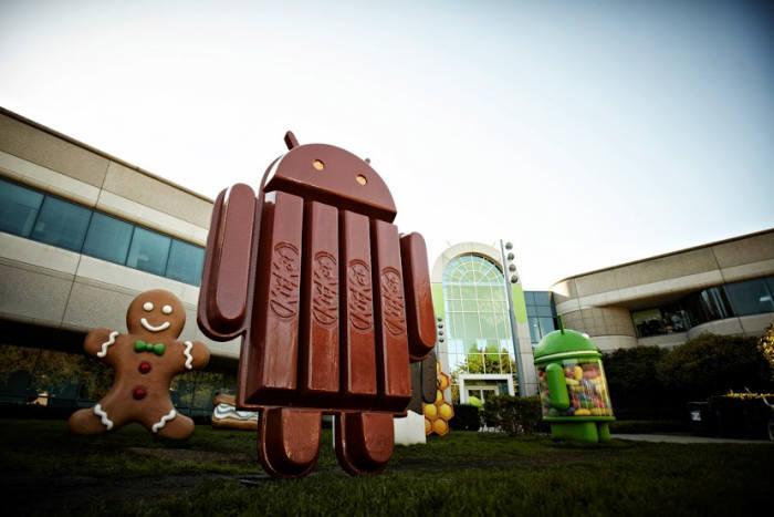 구글 본사에 세워진 `킷캣` 마스코트.(자료:선다 피차이 구글플러스)