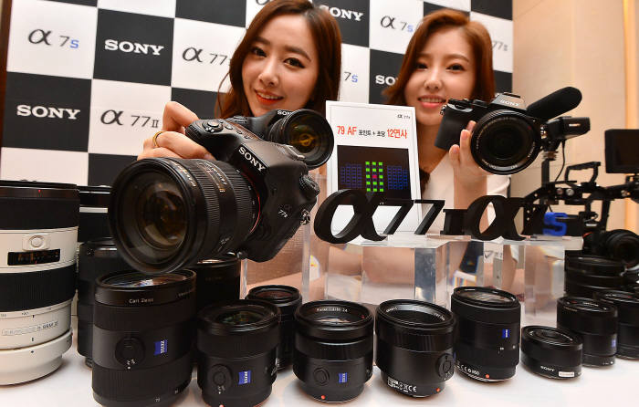 소니카메라, A77Ⅱ 및 A7S 출시