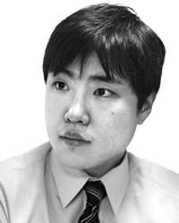 [기자수첩] `길들이기식` 기업통제인가