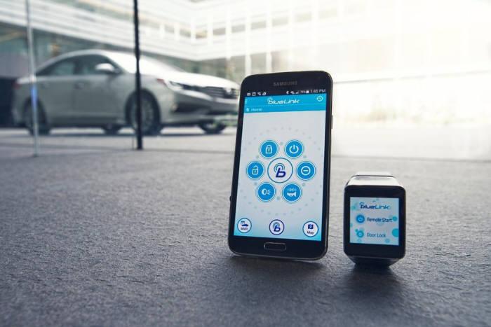 현대차, CES서 스마트워치용 블루링크 공개