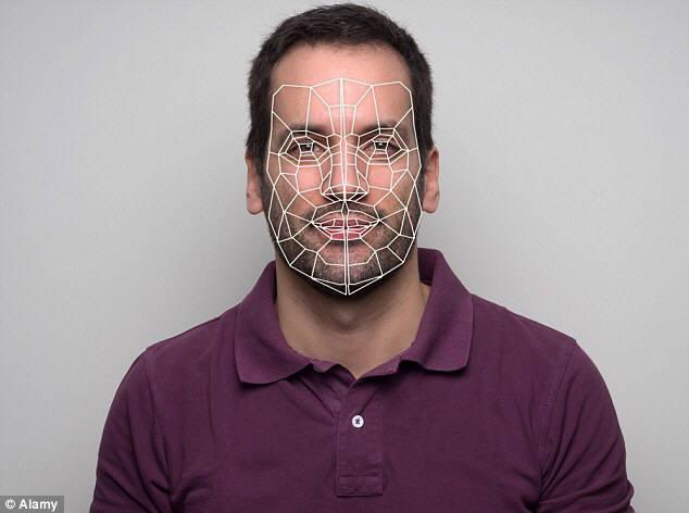 얼굴 인식 기술이 용처를 넓히고 있다. 이처럼 모바일 게임뿐 아니라 기업 면접이나 정치계에서까지 얼굴 인식 기술을 응용해 일종의 '거짓말 탐지기'로 사용하려는 시도가 늘어나고 있다. 미국 영상 채팅 앱 업체 우부(Oovoo)는 최근 얼굴인식 기술을 활용해 사용자의 감정 상태를 파악하는 '지능형 비디오 플랫폼'을 선보였다.<Alamy:자료>