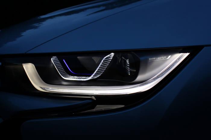 BMW 레이저 라이트