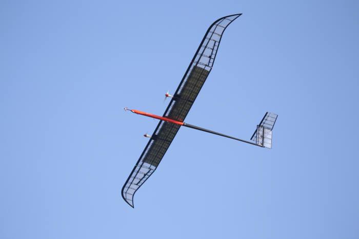 [과학 핫이슈]전기로 비행하는 국산 무인기, 성층권 날다
