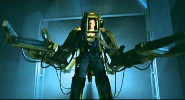 2045년이 되면 건축노동자는 영화 에일리언의 주인공 시고니 위버가 사용한 것같은 엑소스켈리톤을 사용하게 될 것이다. 사진=20세기폭스/유튜브