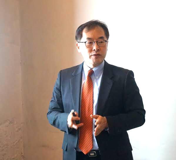 전수홍 파이어아이코리아 대표가 사업전략을 설명 중이다.(자료:파이어아이코리아)