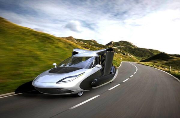 테라푸가는 최신형 차량의 10분의 1 크기 모델을 가지고 MIT에 있는 라이트형제 풍동에서 항력,양력,추력 실험을 하고 있다. 일러스트=테라푸가