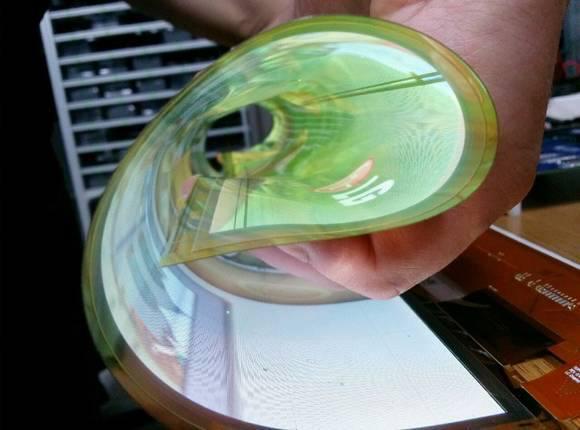 LG디스플레이의 플렉시블 OLED (사진=LG디스플레이)