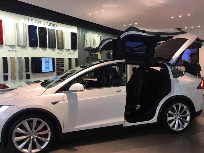 테슬라 SUV 모델X