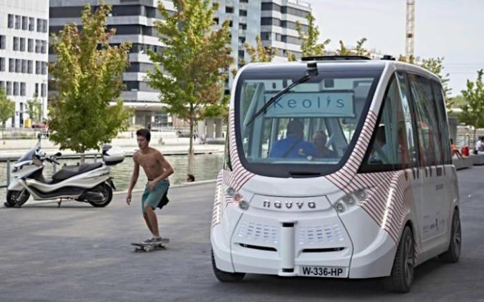 프랑스 자율주행버스.