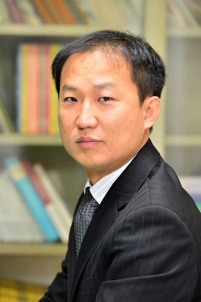 [기자수첩]`모방`과 `혁신`