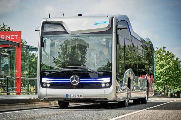 사진 : 벤츠의 자율주행 버스