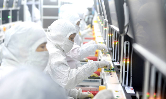 [창간 34주년 특집] 리틀코리아 베트남을 가다<2>삼성과 동반진출…`세계 10위` 부품사 `성장