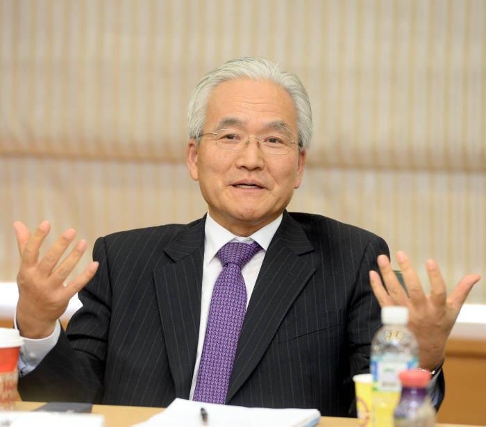 임주환 한국정보통신산업연구원장