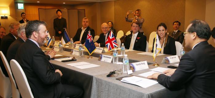 10일 부산에서 열린 디지털-5 장관회의 모습