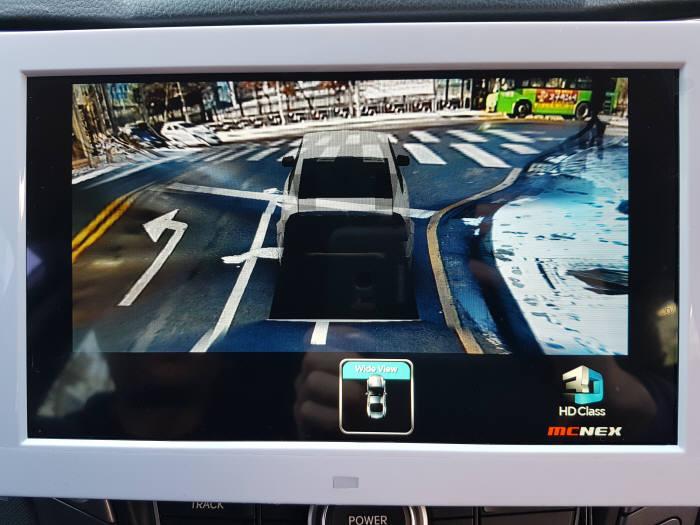 엠씨넥스의 3D AVM 시스템 데모 구현 사진