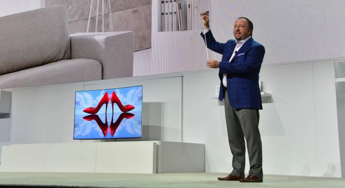 [CES 2017]이것이 `QLED TV` 연결 선이다