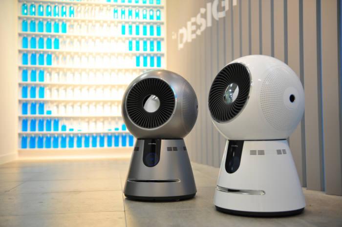 코웨이 로봇 공기청정기 제품