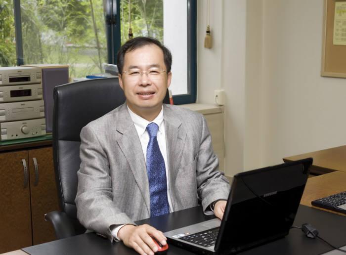 김정호 KAIST 전기 및전자공학부 교수