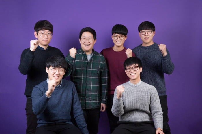 미국 투자회사 스트롱 벤처스에서 1억원 투자 유치에 성공한 UNIST의 대표 학생 창업기업 '엔스푼즈'.jp