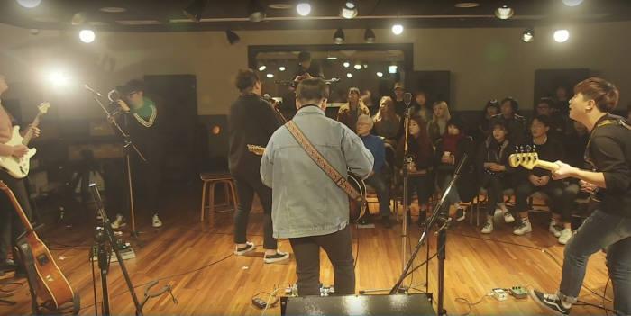 부산음악창작소 라이브 영상 촬영 모습.