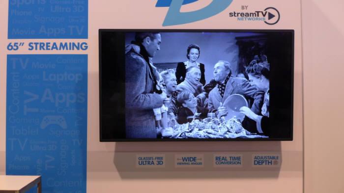 스트림TV의 8K 해상도 65인치 무안경 3D (사진=전자신문)